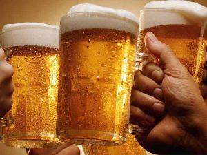 ดื่มเบียร์แล้วอ้วนลงพุง จริงหรือมั่ว